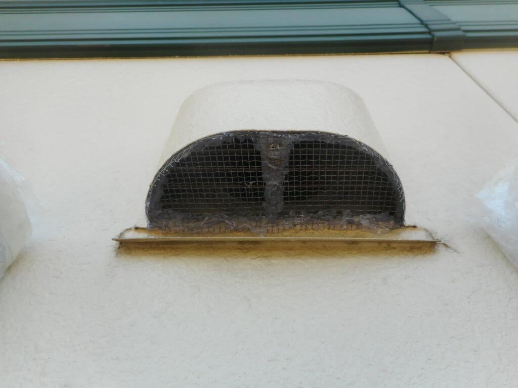 コウモリ侵入換気扇封鎖